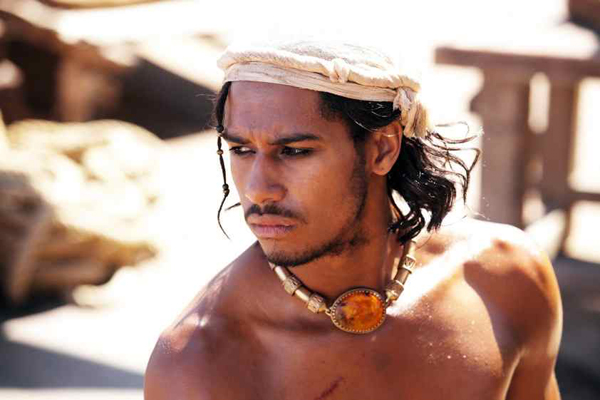 SINBAD as played by Elliot Knight